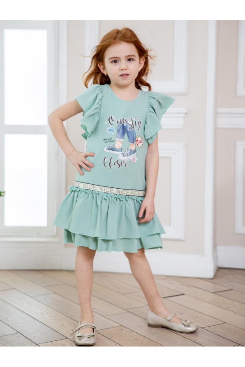 Нежное платье для девочки зеленое