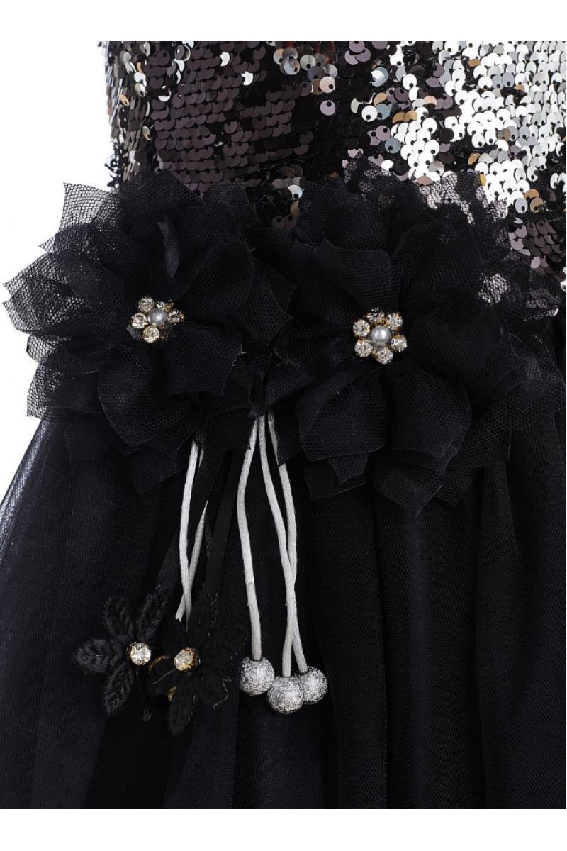Прелестное черное платье в пайетках