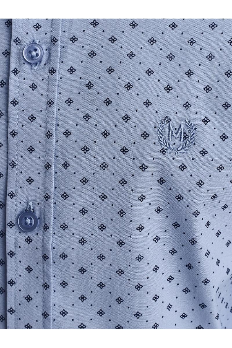 Рубашка с изображением цветочков голубая