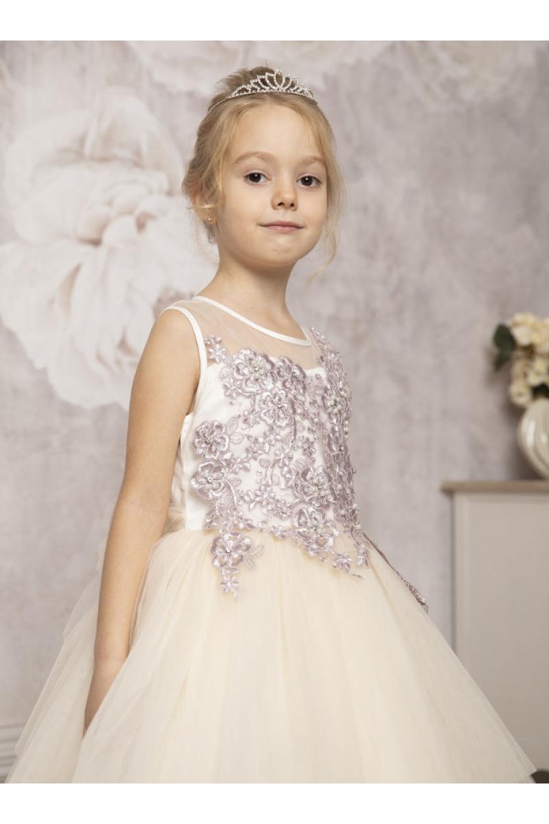 Бальное платье с узорами кремовое