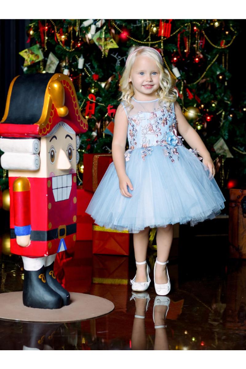 Пышное платье для девочки голубое