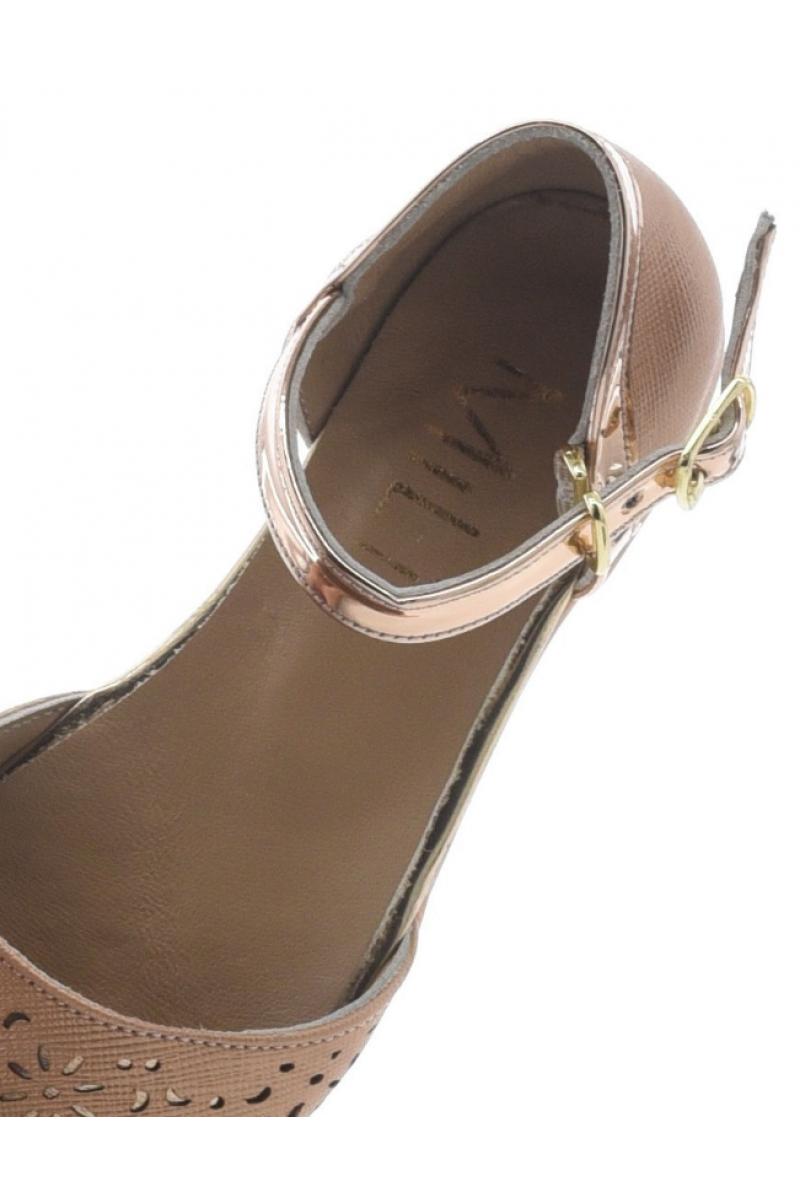 Туфли для девочки с перфорацией на носу, бронзовые
