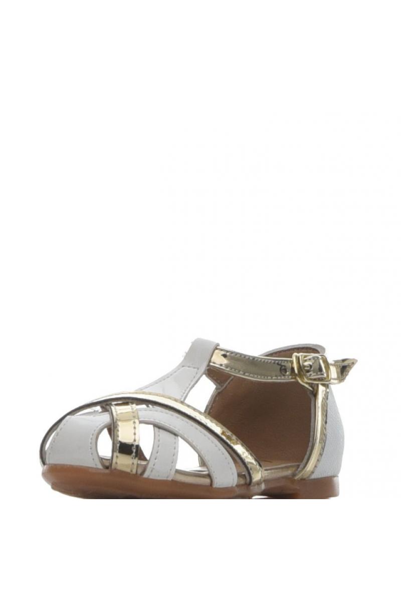 Туфли для девочки с переплетом, белые