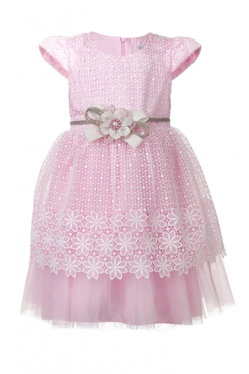 Кружевное платье розового цвета